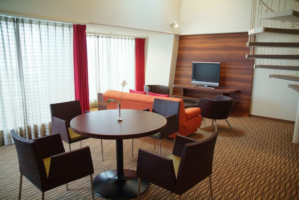 沖繩 Sunmarina 渡假飯店 住宿