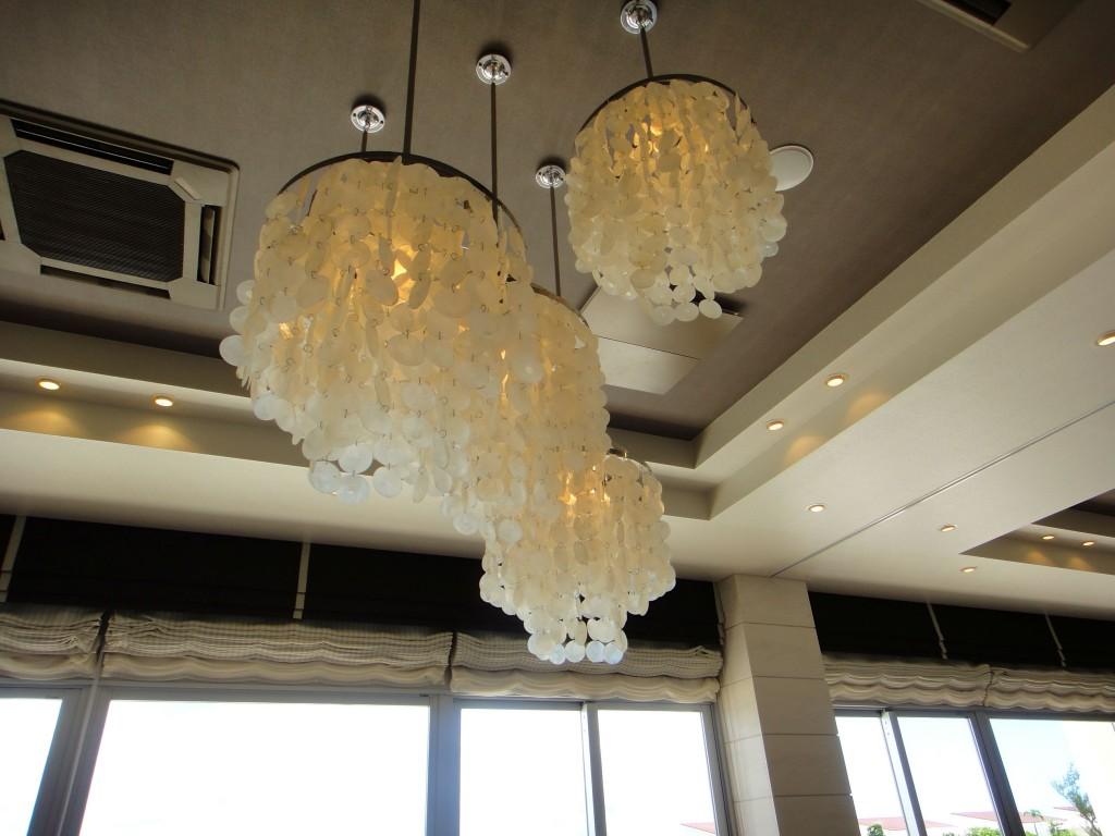 Eines Okinawa 愛妮絲渡假婚禮教堂 宴客廳吊燈