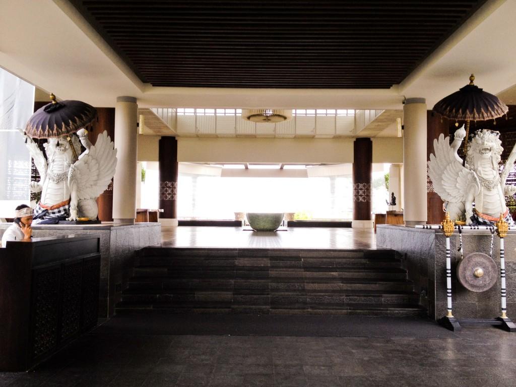 banyantree-lobby01