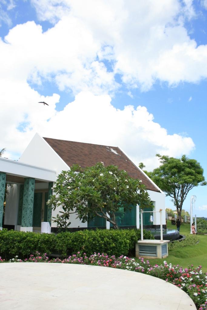 Ayana  Tresna Chapel 阿雅娜崔思娜教堂 (19)教堂外